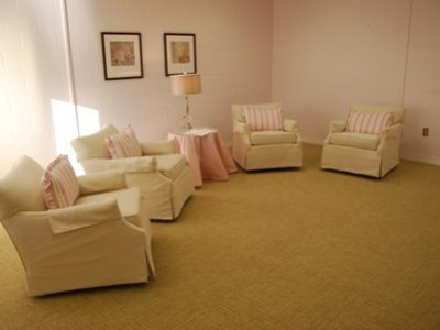 Mother Baby Group Therapy Room