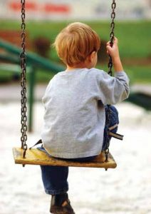 boy_on_swing